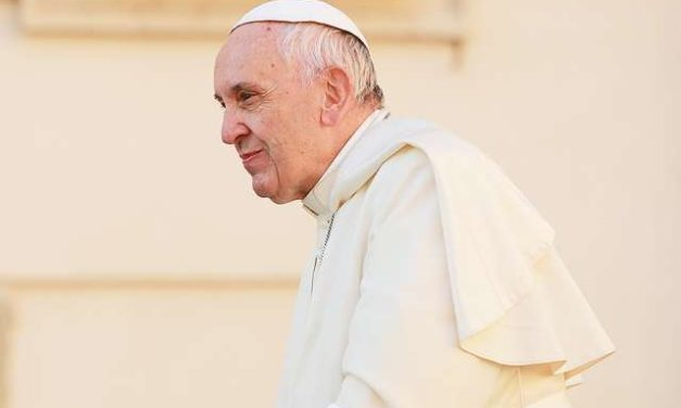 Money doesn't make you rich – loving others does, Pope says