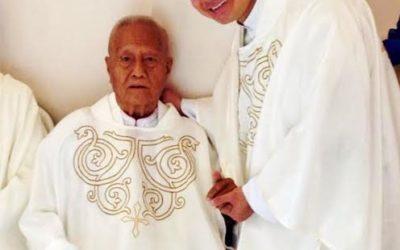 Parishes mourn death of oldest priest