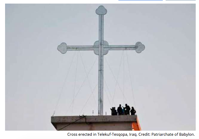 Iraqi Christians erect large cross in area liberated from ISIS