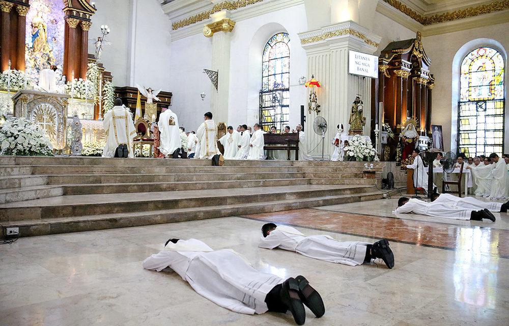 Malolos bishop ordains 4 new priests