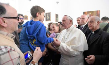 Continuing 'Mercy Friday' practice, pope visits center for the blind