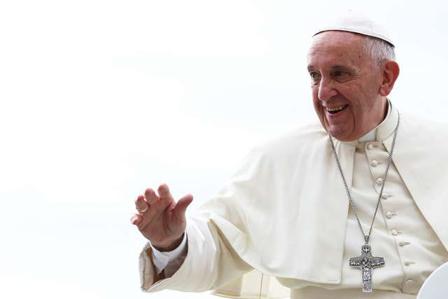 Pope Francis refuses bullet-proof vehicle for Egypt trip