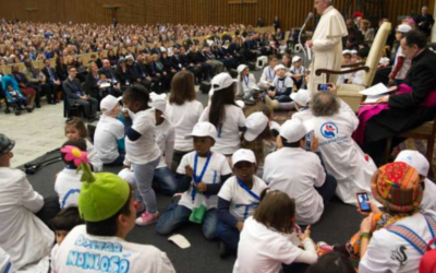Love is the best medicine, Pope Francis tells pediatric patients