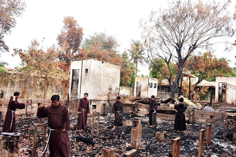 Fire guts Cebu Franciscan house