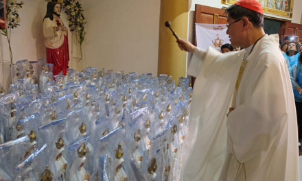 Like Jesus, make room for people — Cardinal Tagle