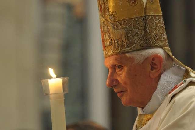Benedict XVI praises Cardinal Sarah as great 'spiritual teacher'