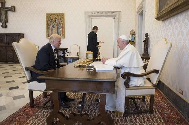 Pope Francis, Trump hold landmark first meeting