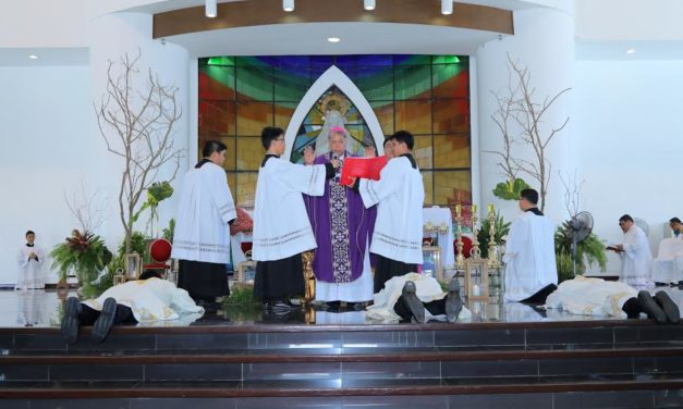 New priests ordained on Zamboanga's 107th anniv
