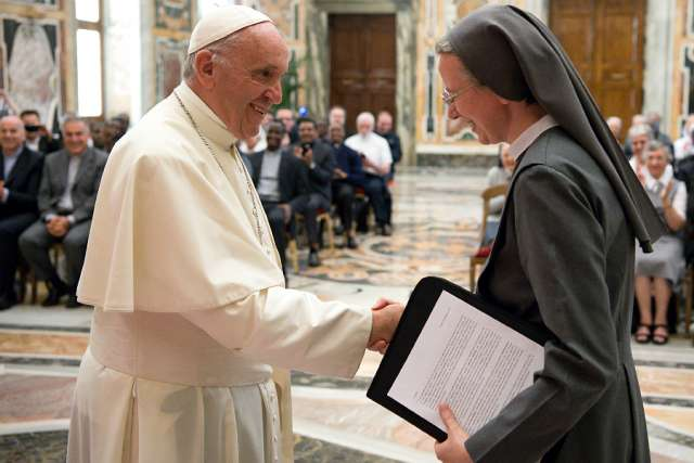 Dialogue with Islam, promote the family, Pope urges Consolata Missionaries