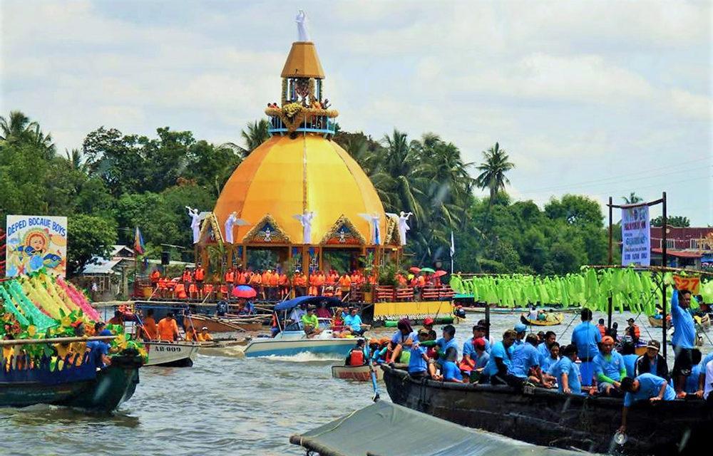 'Krus sa Wawa' fluvial procession