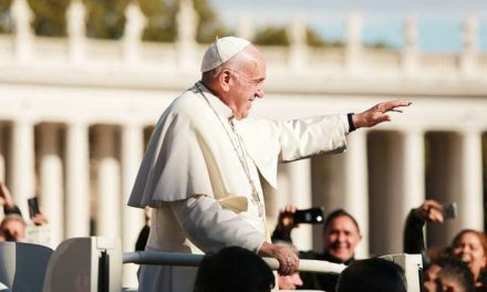 Pope calls catechists to be joyful, creative witnesses of Christ