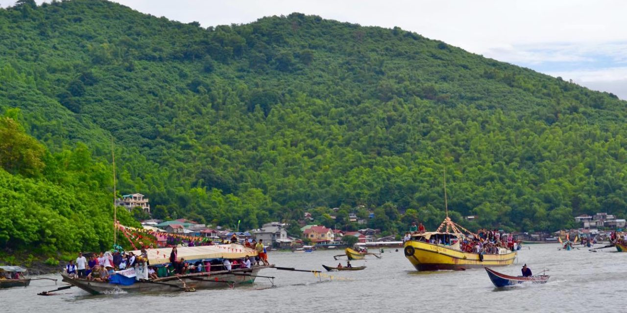 Talim Island parish holds grand fluvial procession