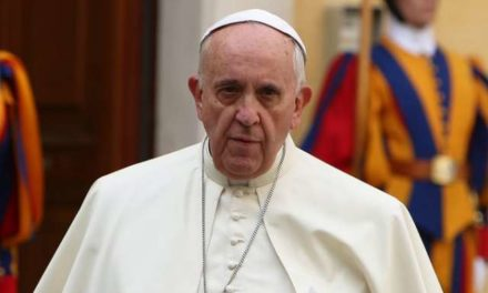 Vatican urges Venezuela to suspend constitutional revision