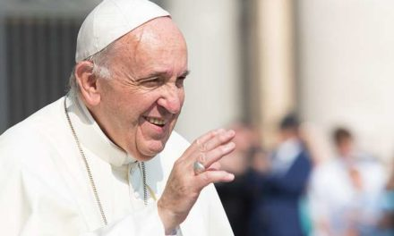 Pope Francis sends message of encouragement to imprisoned youth