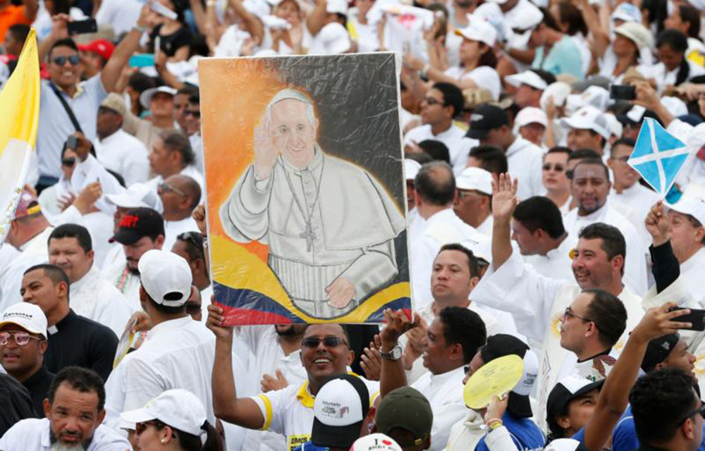 At final Mass in Colombia, pope calls for change of culture