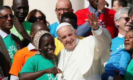 'Share the journey,' embrace migrants, refugees, pope says