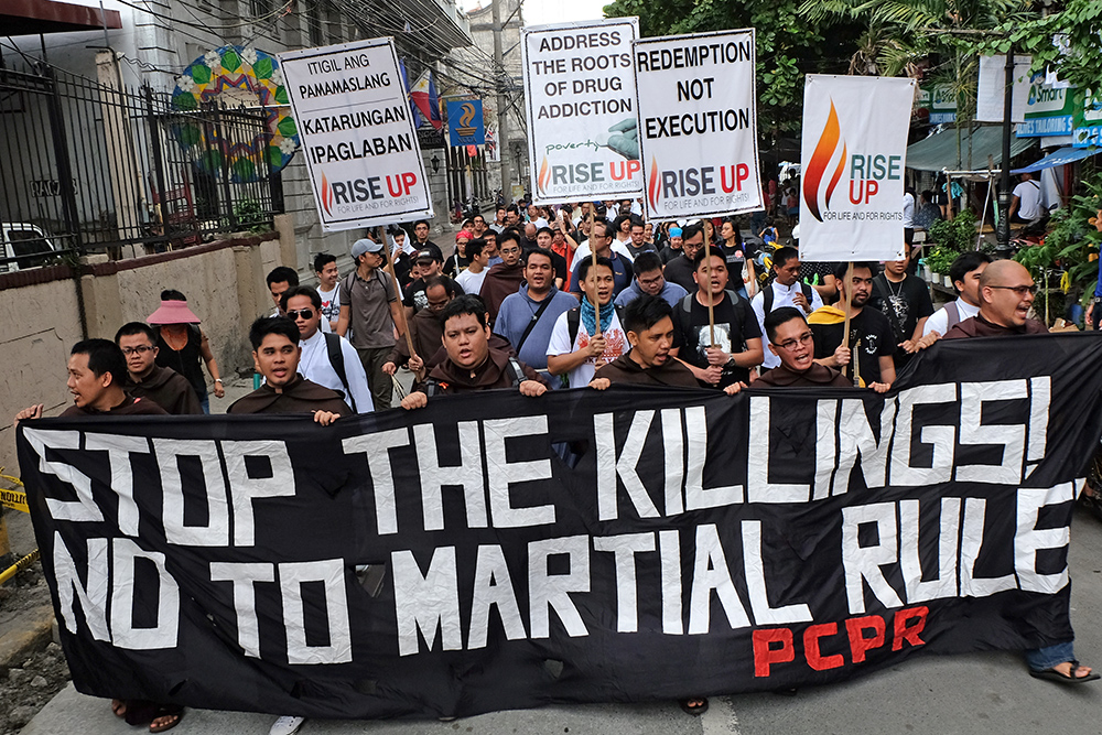 Church people join 'End Tyranny' rally | CBCPNews