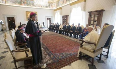 Pope emphasizes peace-building in meeting with Korean religious leaders