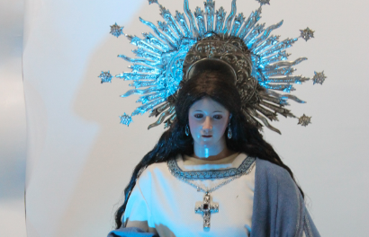 Priest: Mary can undo 'knots of evil' in society