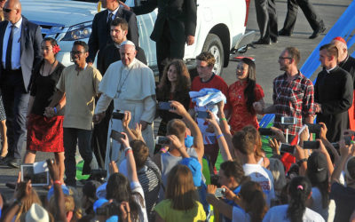 Pope announces pre-synod meeting with youth as participants
