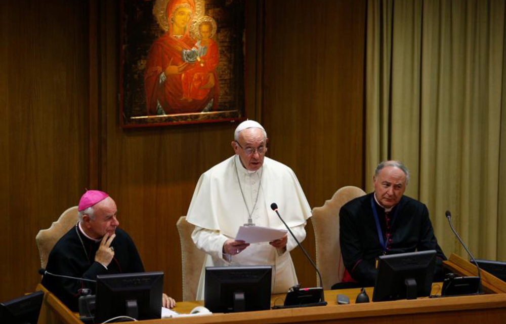Eliminating any difference between sexes 'is not right,' pope says