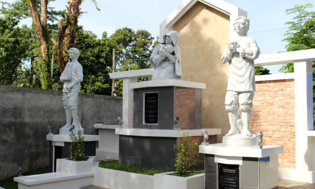 'Garden of Filipino Saints,'  a reminder to universal call to holiness