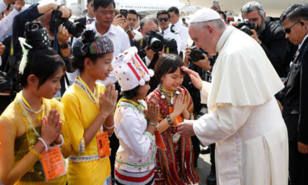 Pope meets generals after brief welcome by children in Myanmar