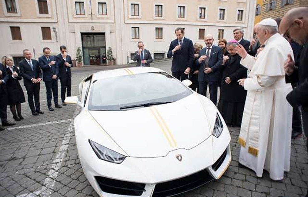 Pope Francis got a Lamborghini, and he's auctioning it for charity