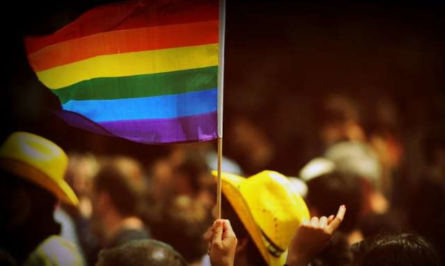 Australian bishops: Don't let same-sex marriage limit religious freedom