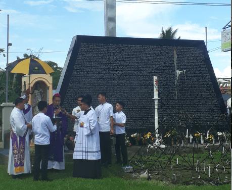 Faithful told: 'Continue to pray for Yolanda victims'