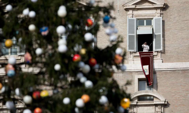 In Advent, prepare your heart like your hearth, Pope says