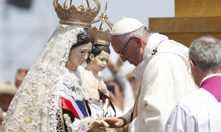 At final Mass in Chile, pope says cry of migrants is prayer to God