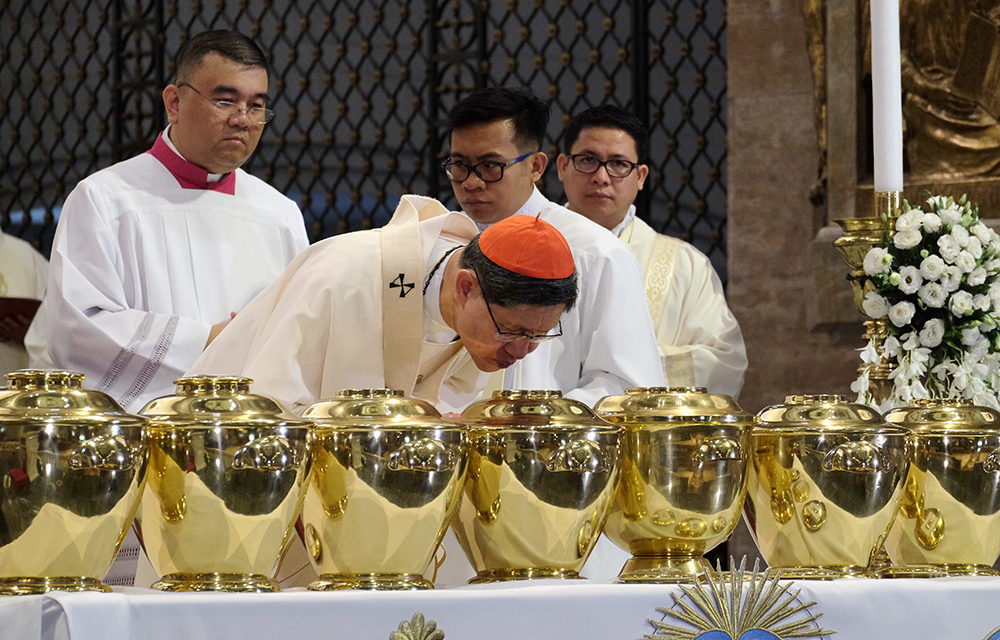 Cardinal Tagle slams fake news, 'deception' of people
