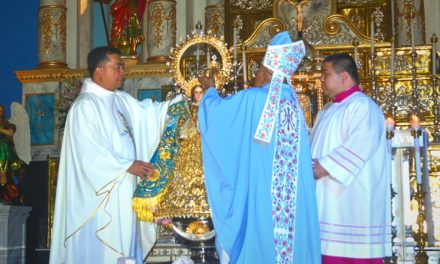 Virgin of La Purisima Concepcion episcopally crowned