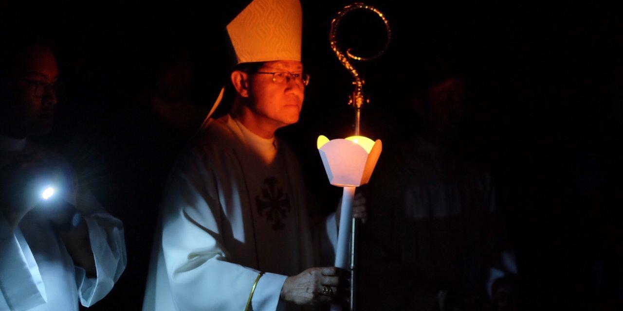 Cardinal Tagle leads Easter Vigil
