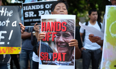 Sr. Fox 'saddened' over order to leave PH