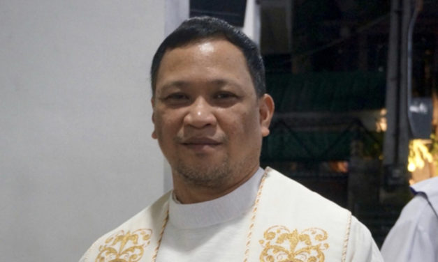 Priest: 'To hold power means to love'