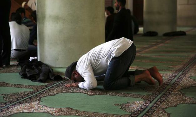 Mosque attack 'wreaks havoc' on religiously tolerant South Africa, bishops say