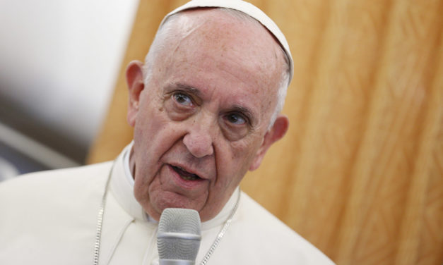 Pope: Individual bishops must decide about Communion in mixed marriages