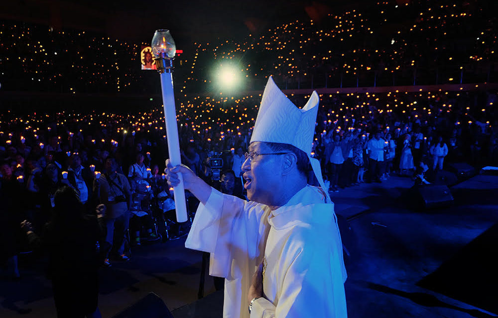 Cardinal Tagle: 'Establish rituals from deeper reality, not performance'