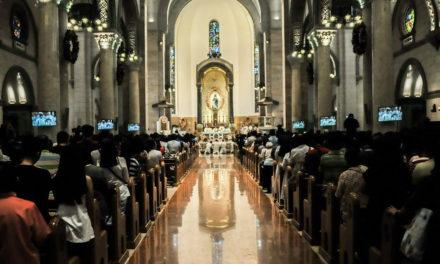 Manila archdiocese leaves Carlos Celdran's fate to gov't