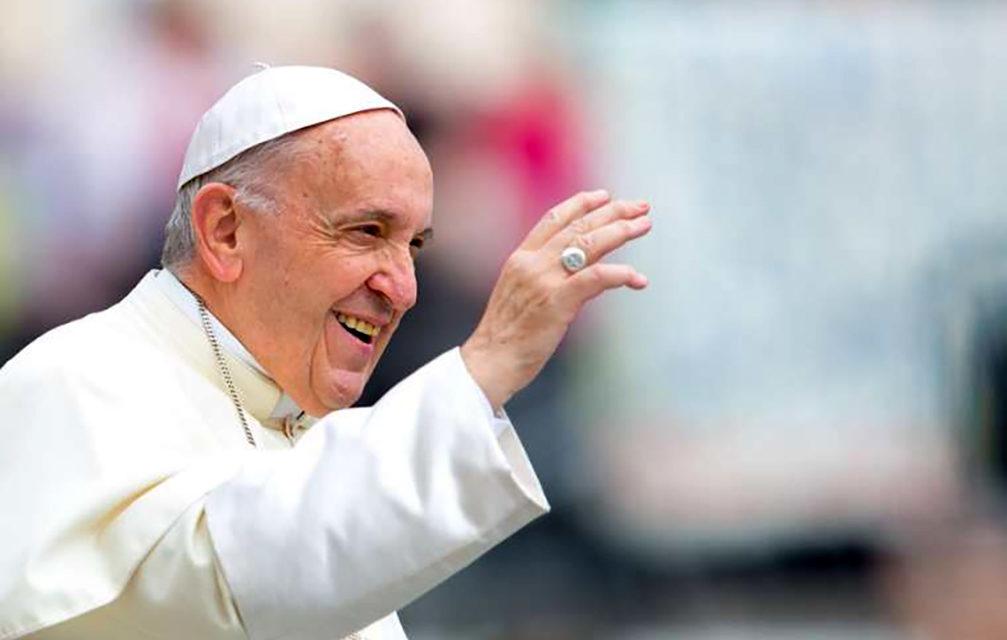 Seek Jesus before material things, pope says