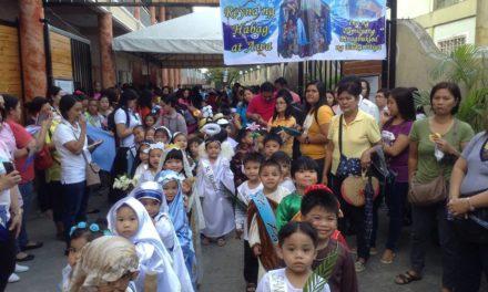 Parents urged: Dress kids as saints not  monsters