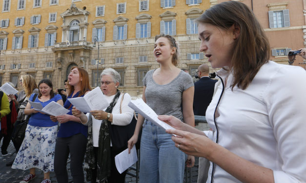 Superiors general see no reason why women shouldn't have vote at synod