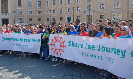 Synod members 'share the journey' with migrants, refugees