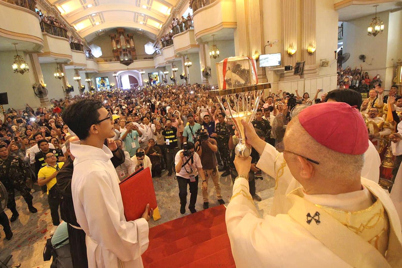 PadrePio-Cebu-CBCPNews-101118-01