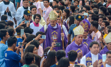 Papal nuncio leads pilgrimage to Mount Samat