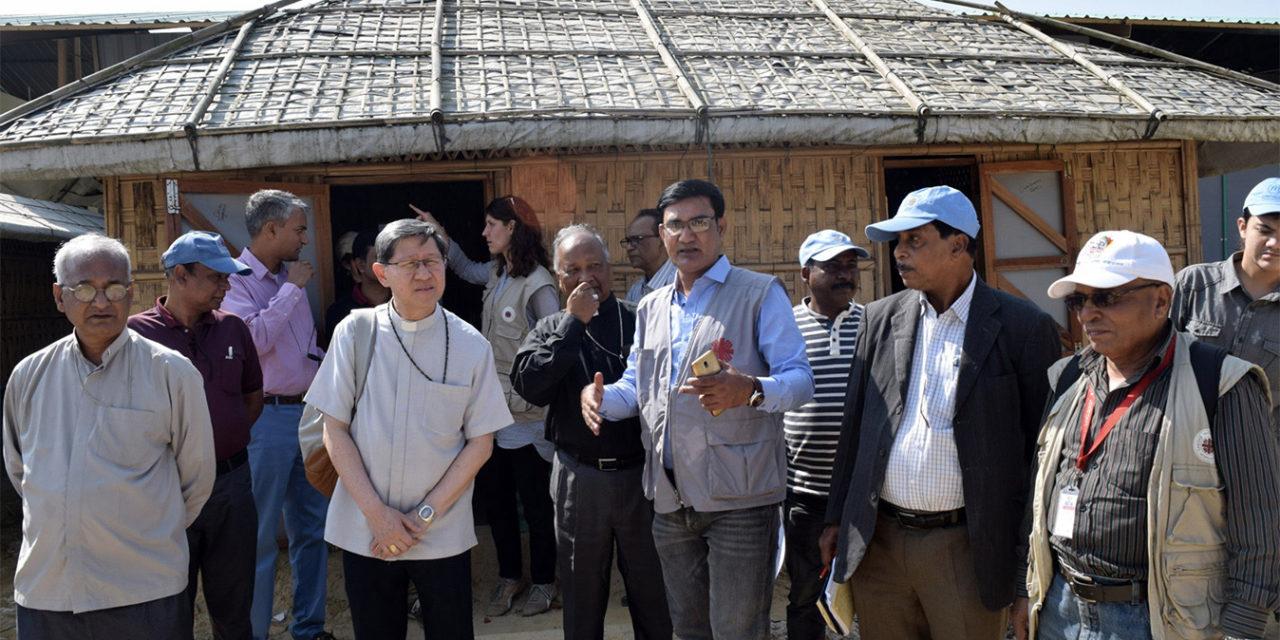 Cardinal Tagle visits Rohingya refugees in Bangladesh