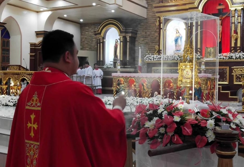 Young saints' relics make rare visit to Batanes