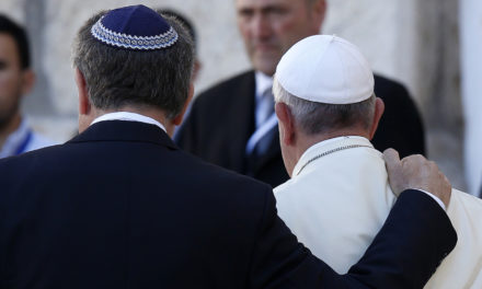 Catholics must continue seeking pardon for anti-Judaism, pope says